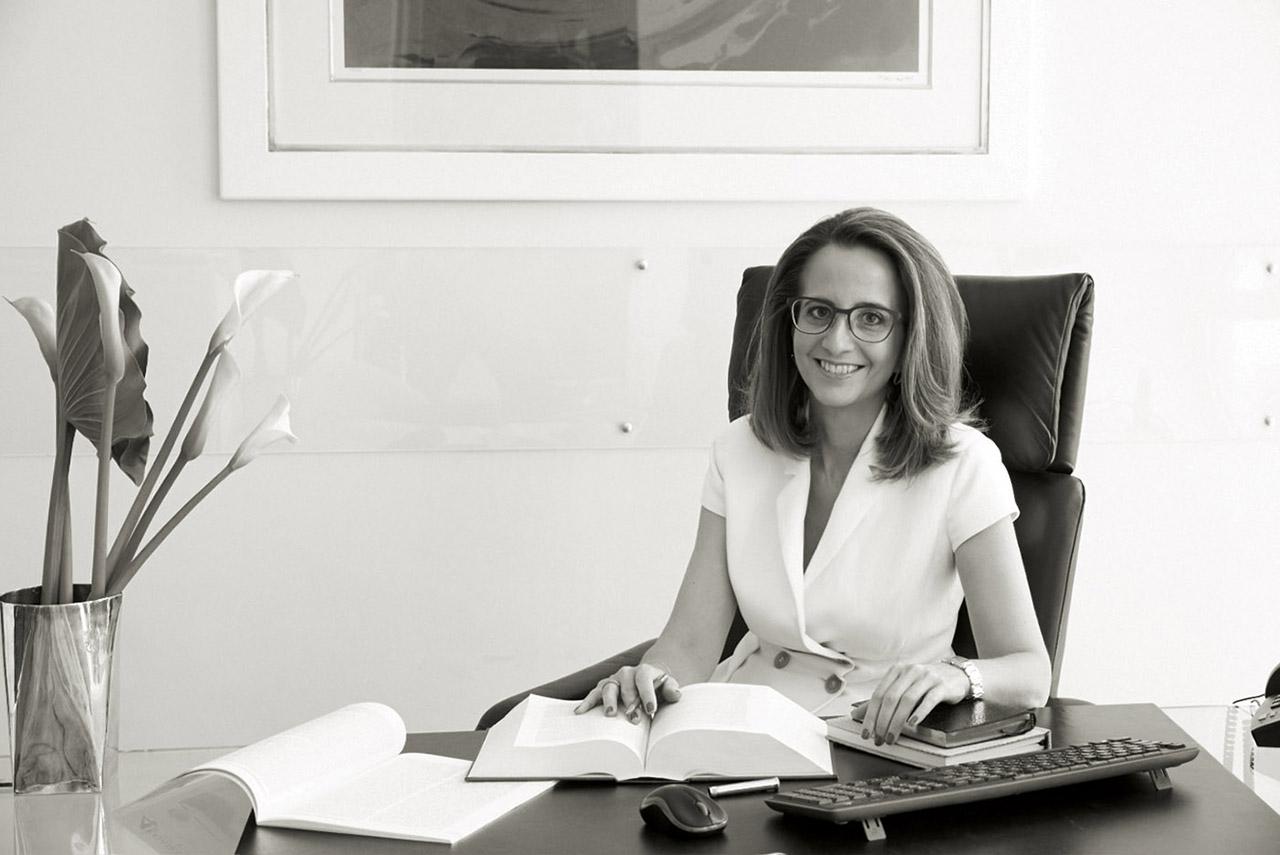 Vicky Athanasoglou Lawyer